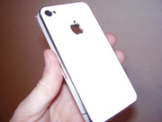 Apple Iphone 4 64gb (white) 6 months old (one scratch)