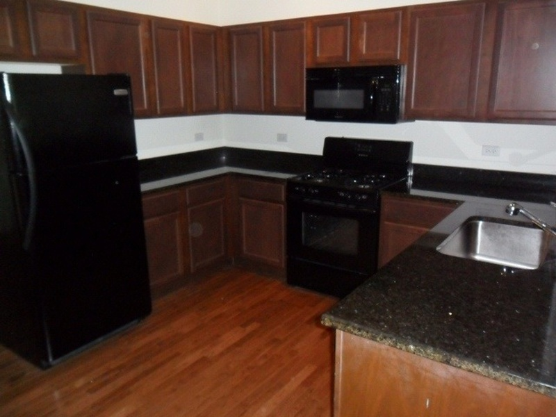 Two Bedroom Apartment In Bay Ridge Asking Only 850 Month New York City Apartments For Rent