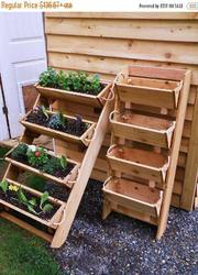 Large gardening planters raised bed gardening system